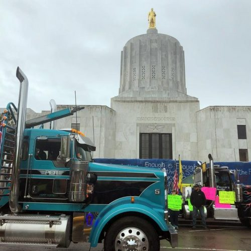 Oregon Senate Republicans walk out in protest of cap-and-trade bill